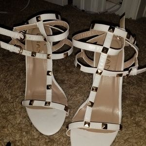 Liliana White Wedges with Gold Pyramid Squares